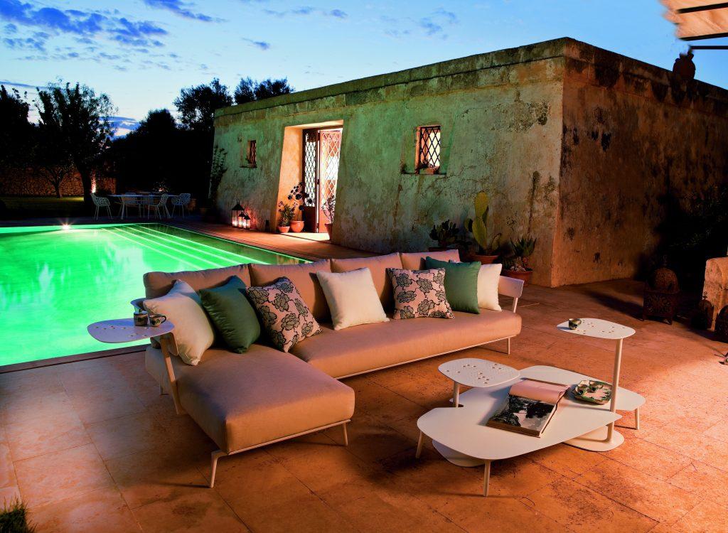 Aikana modular sofa